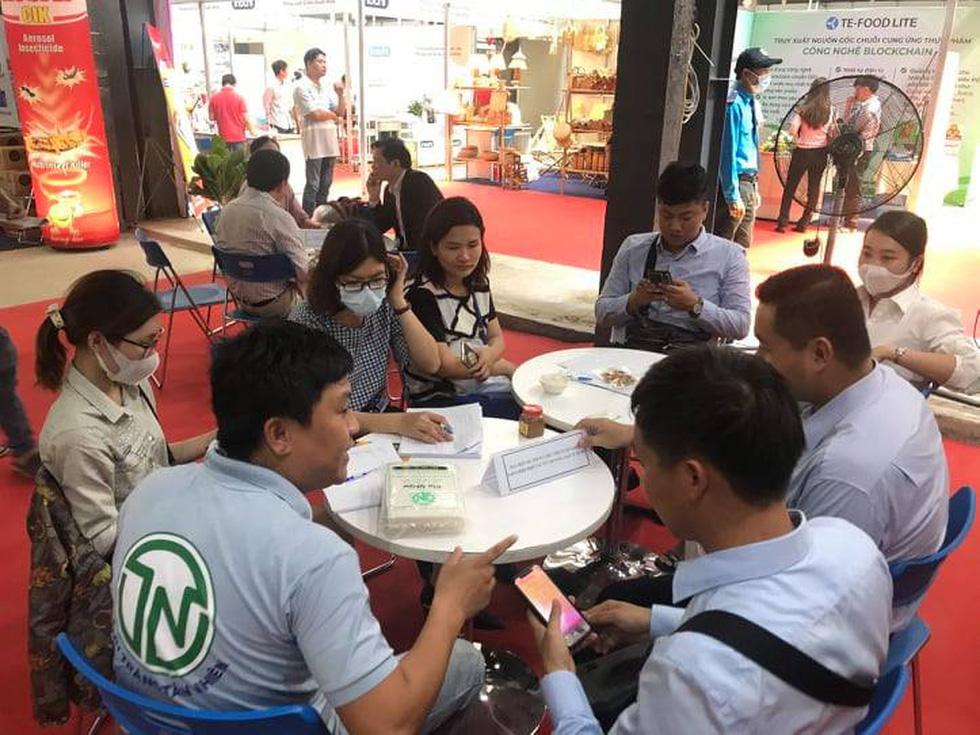 Đặc sản 3 miền tràn về Sài Gòn với 650 gian hàng, 100% mặt hàng giảm giá tẹt ga - Ảnh 13.