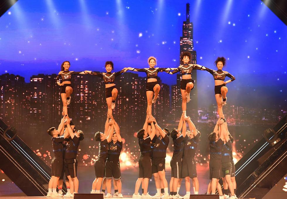 Cẩm Vân, Võ Hạ Trâm hát vì niềm tự hào thành phố mang tên Bác - Ảnh 8.