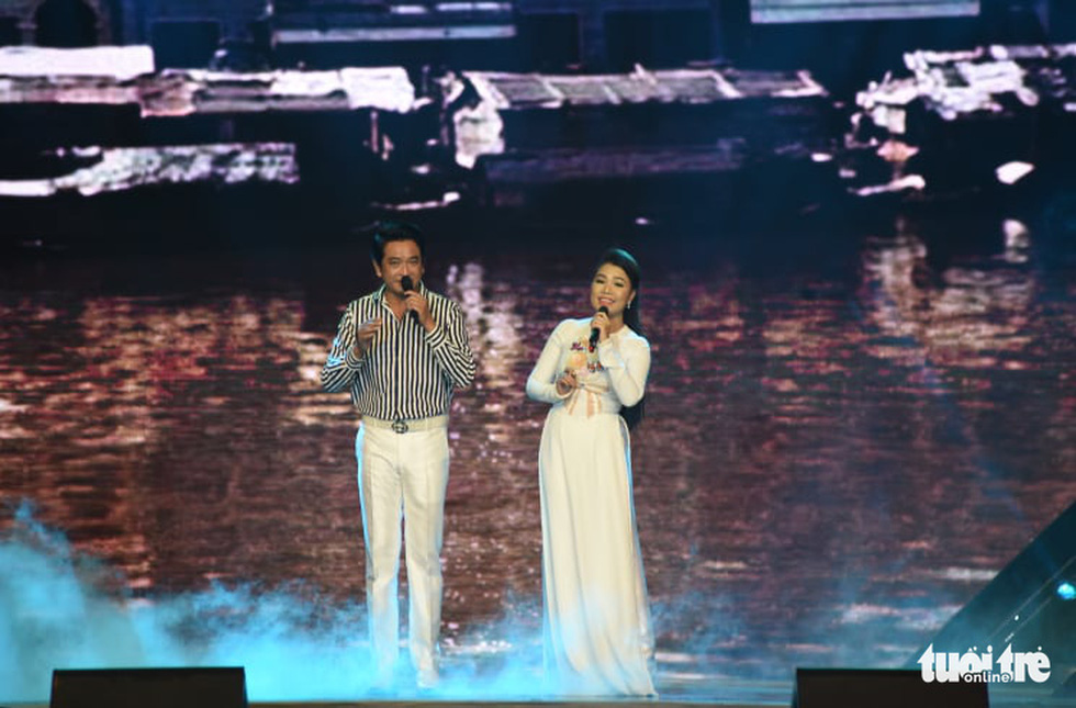 Cẩm Vân, Võ Hạ Trâm hát vì niềm tự hào thành phố mang tên Bác - Ảnh 9.