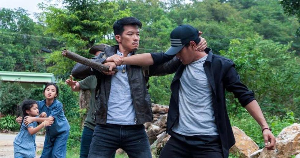 Bom tấn Hàn Peninsula - Bán đảo đè bẹp phim Việt với suất chiếu gấp 70 lần - Ảnh 4.