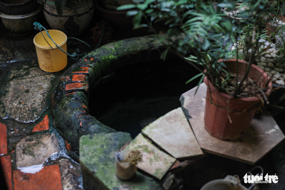 Tìm về giếng cổ có tuổi đời trăm năm giữa lòng Hà Nội - Ảnh 1.