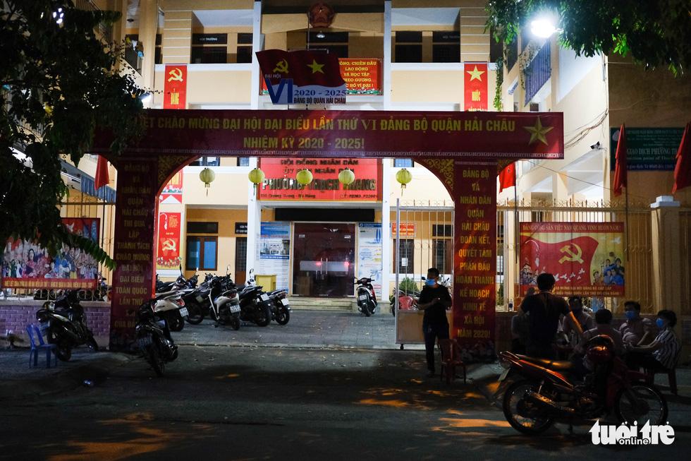 Đà Nẵng chính thức phong tỏa 4 tuyến đường quanh 3 bệnh viện - Ảnh 9.