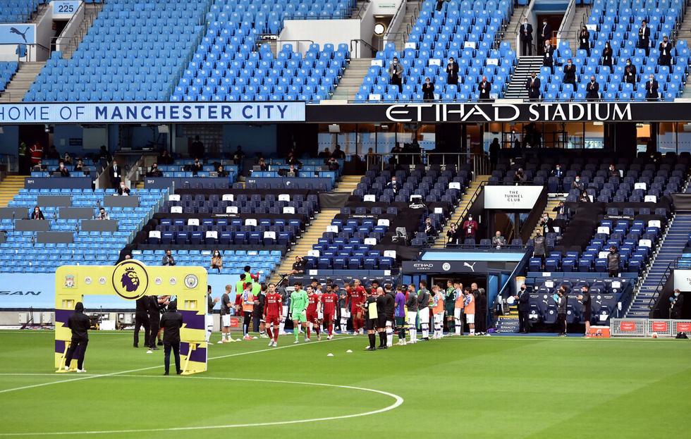 Chùm ảnh: Man City chào tân vương Liverpool, tặng luôn trận thua muối mặt - Ảnh 3.