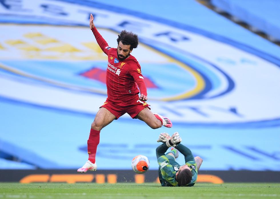 Chùm ảnh: Man City chào tân vương Liverpool, tặng luôn trận thua muối mặt - Ảnh 11.