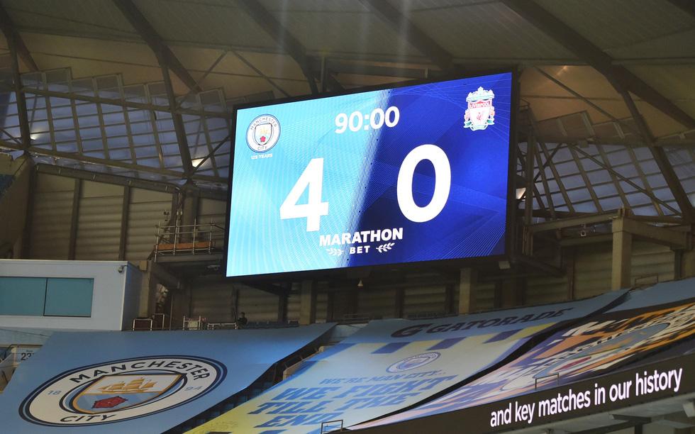 Chùm ảnh: Man City chào tân vương Liverpool, tặng luôn trận thua muối mặt - Ảnh 14.