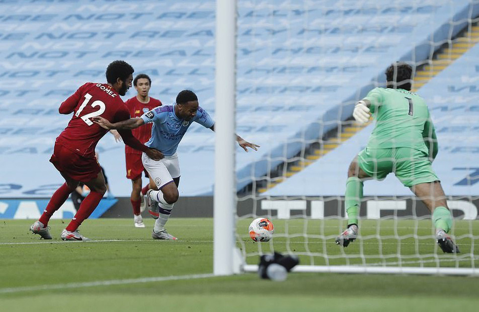 Chùm ảnh: Man City chào tân vương Liverpool, tặng luôn trận thua muối mặt - Ảnh 5.