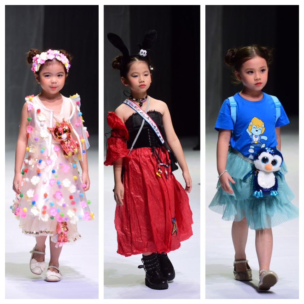 Hoa hậu Khánh Vân diễn thời trang cùng mẫu nhí tại Vietnam Junior Fashion Week - Ảnh 4.