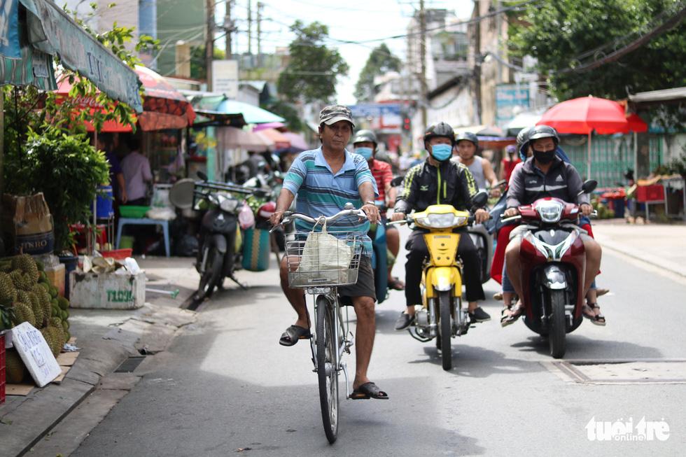 Hơn 20 năm sống bằng nghề bắt gián ở Sài Gòn - Ảnh 3.