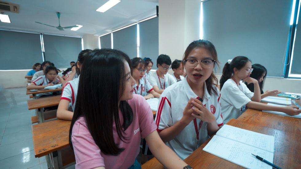 19h tối nay, Khám phá trường học phát sóng ĐH Ngoại thương Hà Nội - Ảnh 2.