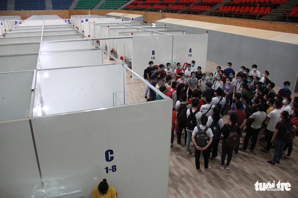 Vận hành thử bệnh viện dã chiến ở cung thể thao Tiên Sơn - Ảnh 3.