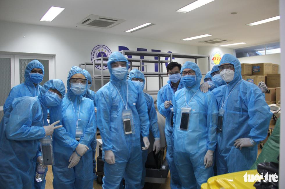 Vận hành thử bệnh viện dã chiến ở cung thể thao Tiên Sơn - Ảnh 10.