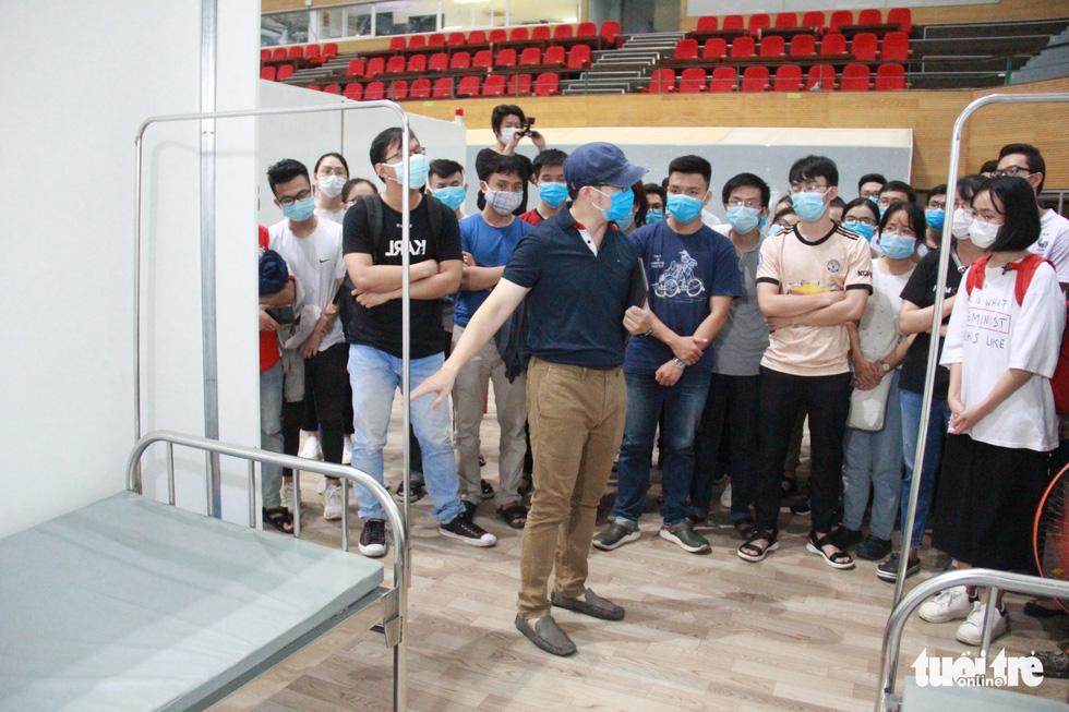Vận hành thử bệnh viện dã chiến ở cung thể thao Tiên Sơn - Ảnh 4.