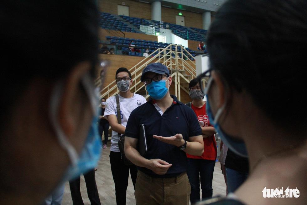 Vận hành thử bệnh viện dã chiến ở cung thể thao Tiên Sơn - Ảnh 6.