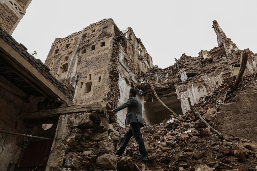Quặn lòng với thành phố cổ ngàn năm tuổi hư hại nặng vì mưa - Ảnh 6.