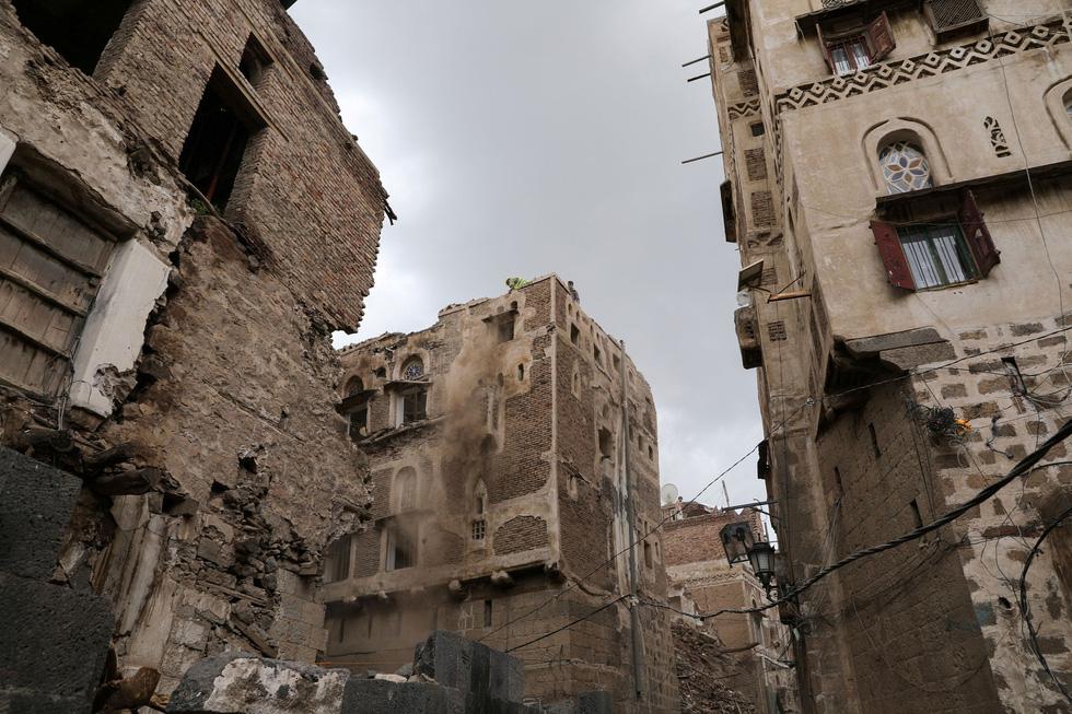 Quặn lòng với thành phố cổ ngàn năm tuổi hư hại nặng vì mưa - Ảnh 5.