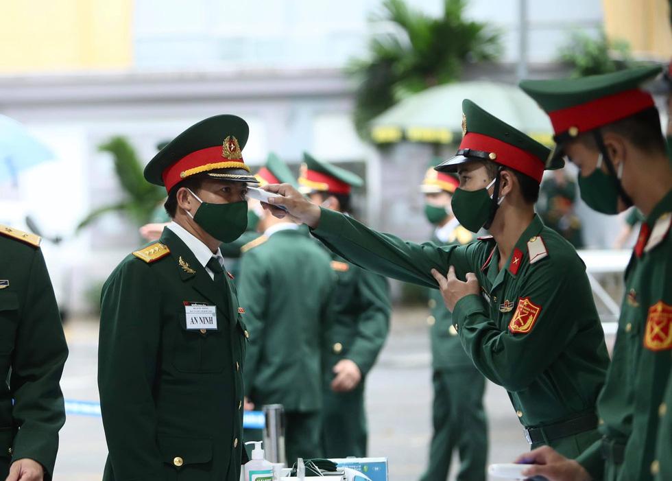 Hai ngày quốc tang, tưởng nhớ và tiễn biệt nguyên Tổng bí thư Lê Khả Phiêu - Ảnh 9.