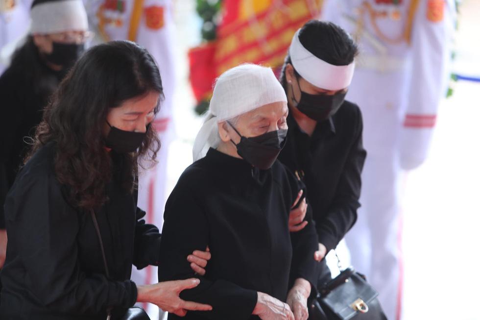 Hai ngày quốc tang, tưởng nhớ và tiễn biệt nguyên Tổng bí thư Lê Khả Phiêu - Ảnh 18.
