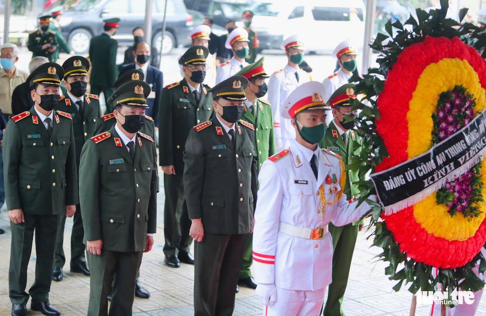 Hai ngày quốc tang, tưởng nhớ và tiễn biệt nguyên Tổng bí thư Lê Khả Phiêu - Ảnh 14.