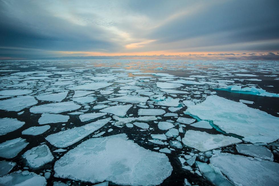 Bắc Cực biến dạng, nguy cơ mùa hè 2035 không có băng - Ảnh 6.