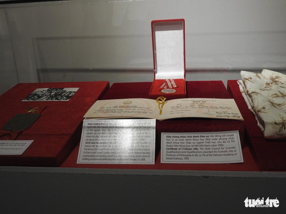 Trưng bày Huân chương Độc lập hạng nhất của vợ chồng nhà tư sản Trịnh Văn Bô - Ảnh 3.