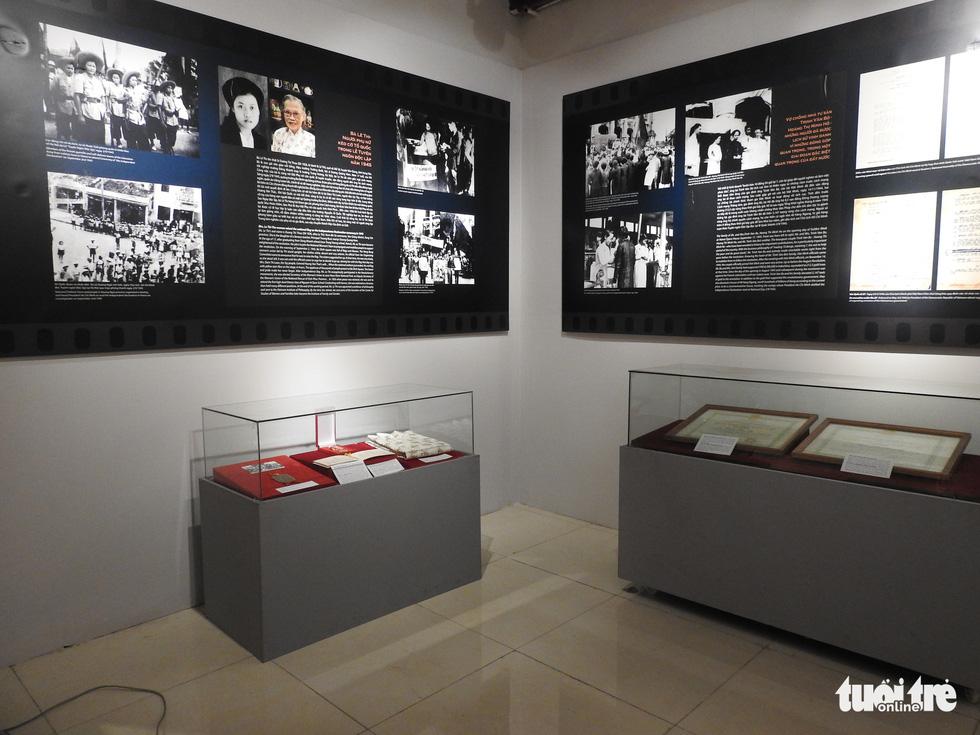 Trưng bày Huân chương Độc lập hạng nhất của vợ chồng nhà tư sản Trịnh Văn Bô - Ảnh 6.