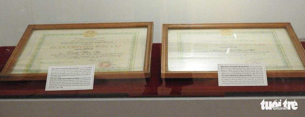 Trưng bày Huân chương Độc lập hạng nhất của vợ chồng nhà tư sản Trịnh Văn Bô - Ảnh 1.
