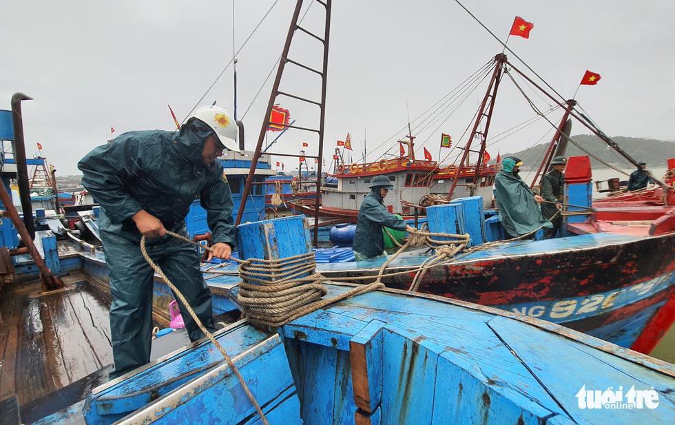 Nghệ An, Thanh Hoá sẵn sàng ứng phó với bão số 2 - Ảnh 9.