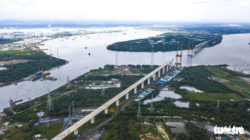 Bao giờ những cây cầu ngàn tỉ nối nhịp, cao tốc thông xe? - Ảnh 3.