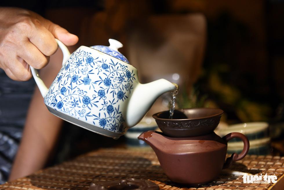 Thưởng thức trà, tự phục vụ và trả tiền... tùy tâm - Ảnh 5.