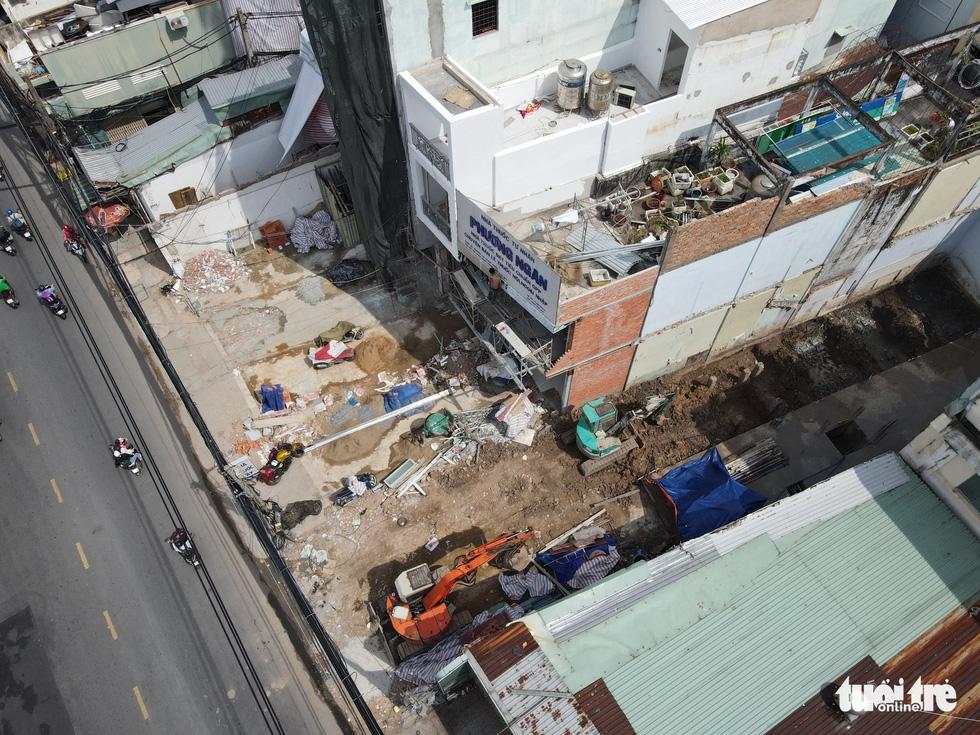 Nhiều nhà dân tự giải tỏa, giao mặt bằng cho dự án metro số 2 - Ảnh 12.