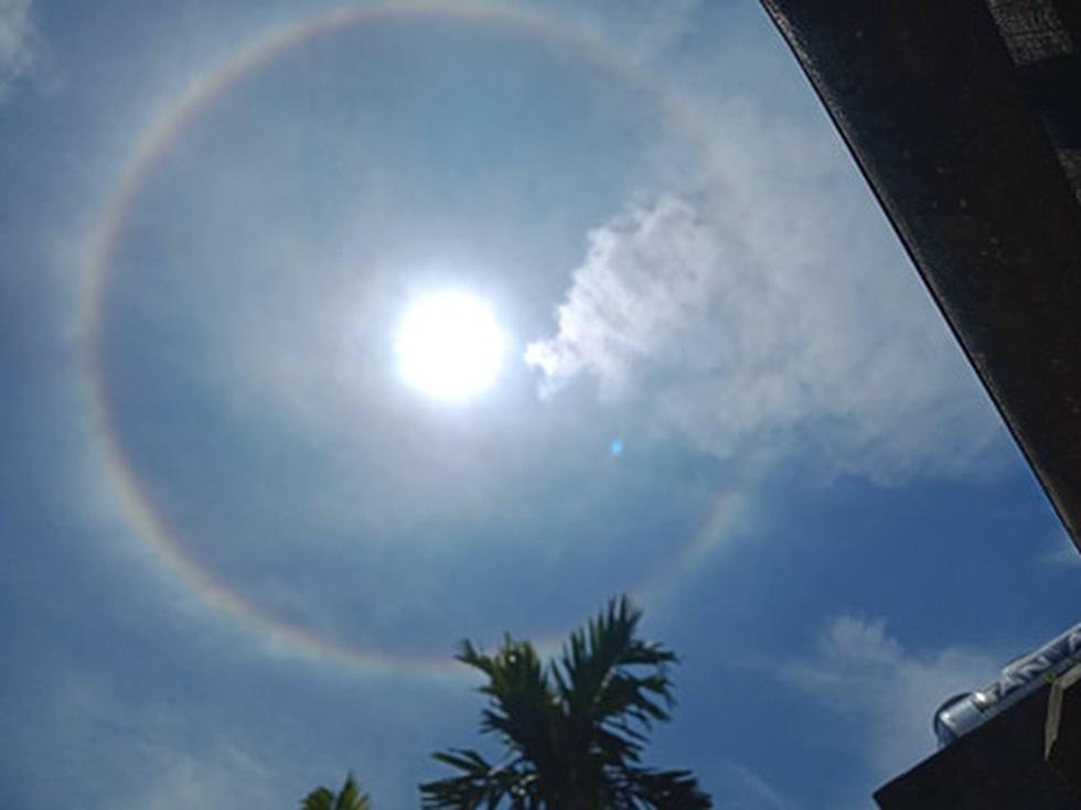 Hào quang mặt trời xuất hiện giữa trưa, người dân thích thú khoe trên mạng - Ảnh 7.