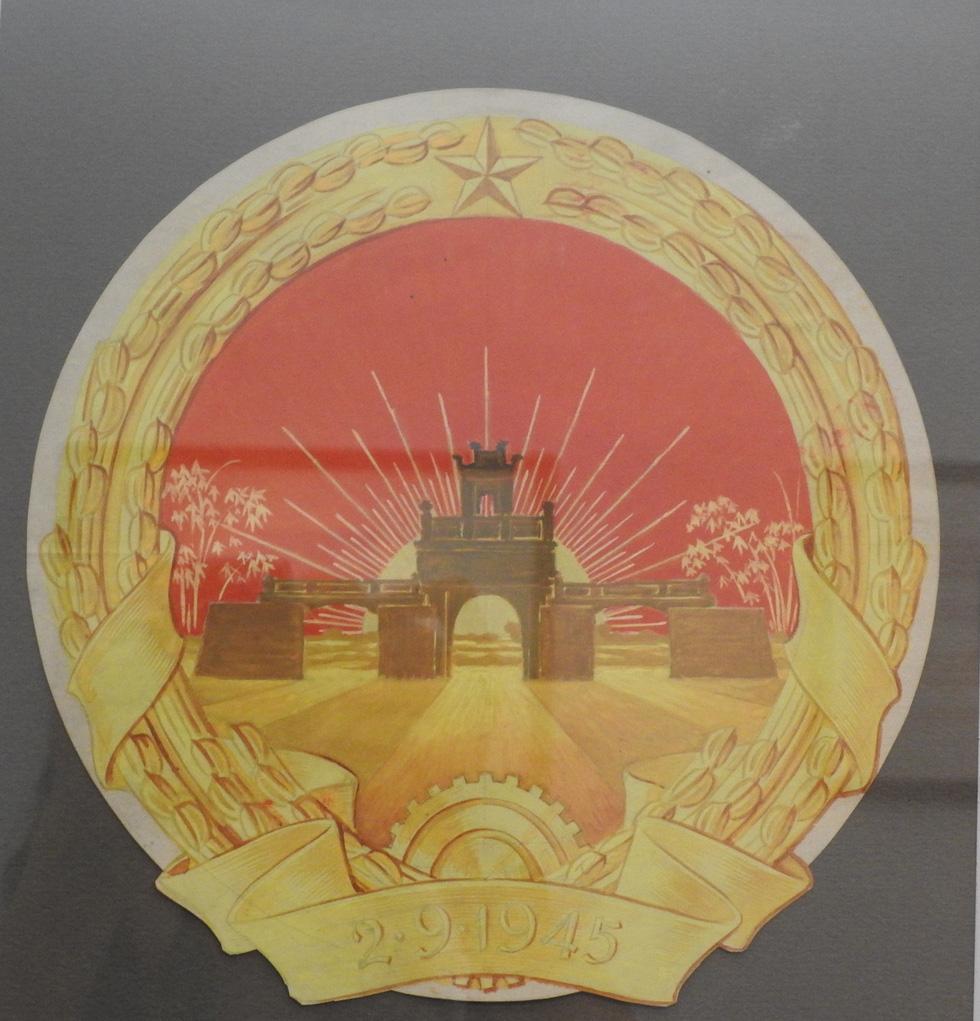 Tưởng thưởng họa sĩ Bùi Trang Chước - người vẽ thực sự Quốc huy Việt Nam - Ảnh 12.