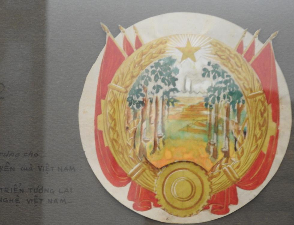 Tưởng thưởng họa sĩ Bùi Trang Chước - người vẽ thực sự Quốc huy Việt Nam - Ảnh 13.