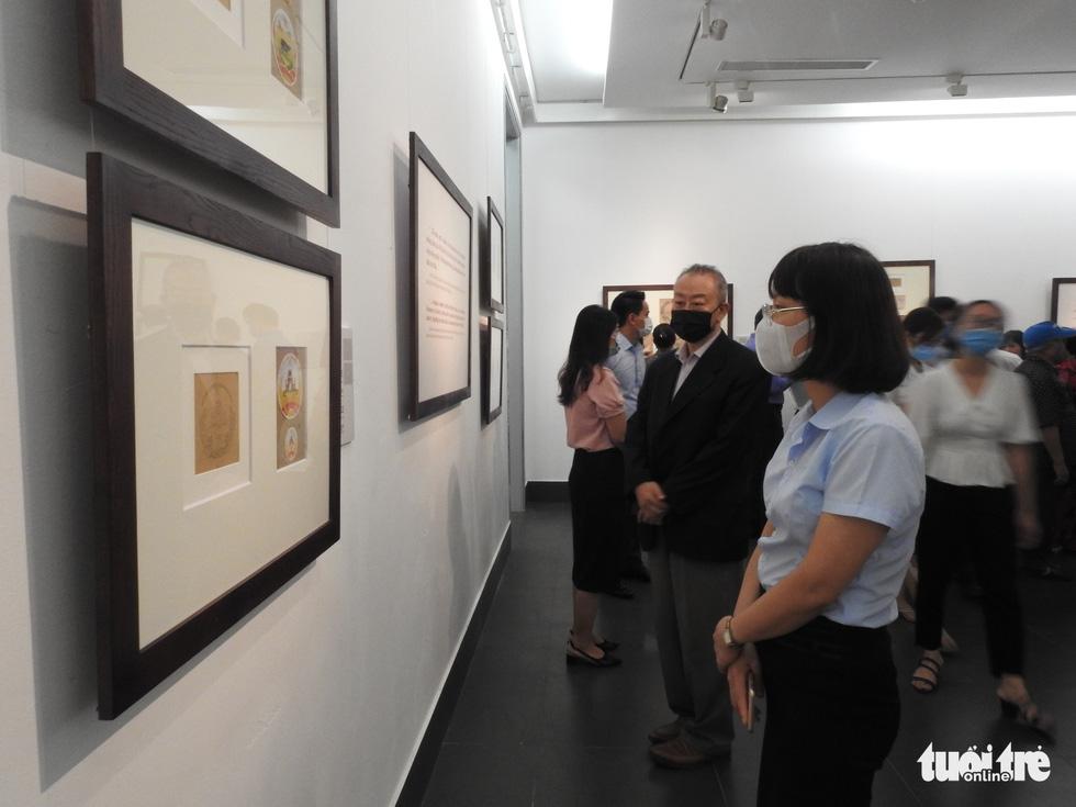 Tưởng thưởng họa sĩ Bùi Trang Chước - người vẽ thực sự Quốc huy Việt Nam - Ảnh 2.