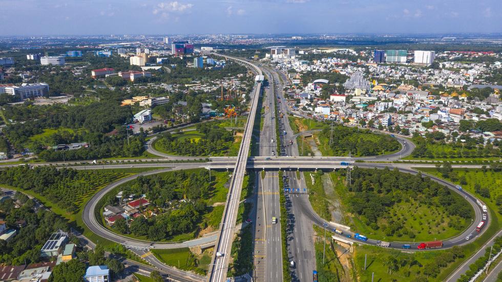 Ngắm hình hài dự án metro số 1 Bến Thành - Suối Tiên sắp hình thành - Ảnh 14.
