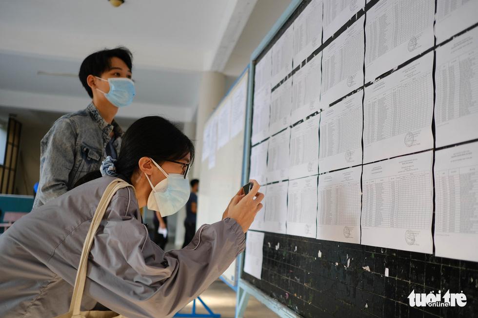 11.000 thí sinh Đà Nẵng đi xét nghiệm COVID-19, chuẩn bị bước vào kỳ thi đặc biệt - Ảnh 3.