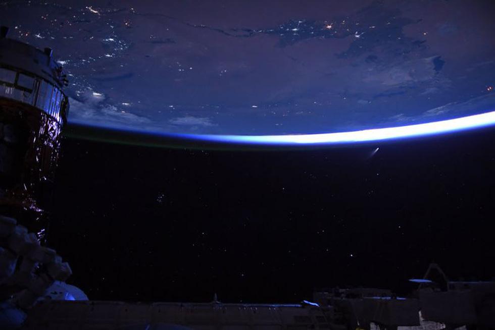 Trái đất tuyệt đẹp chụp từ tàu Crew Dragon trong chuyến bay lịch sử - Ảnh 10.