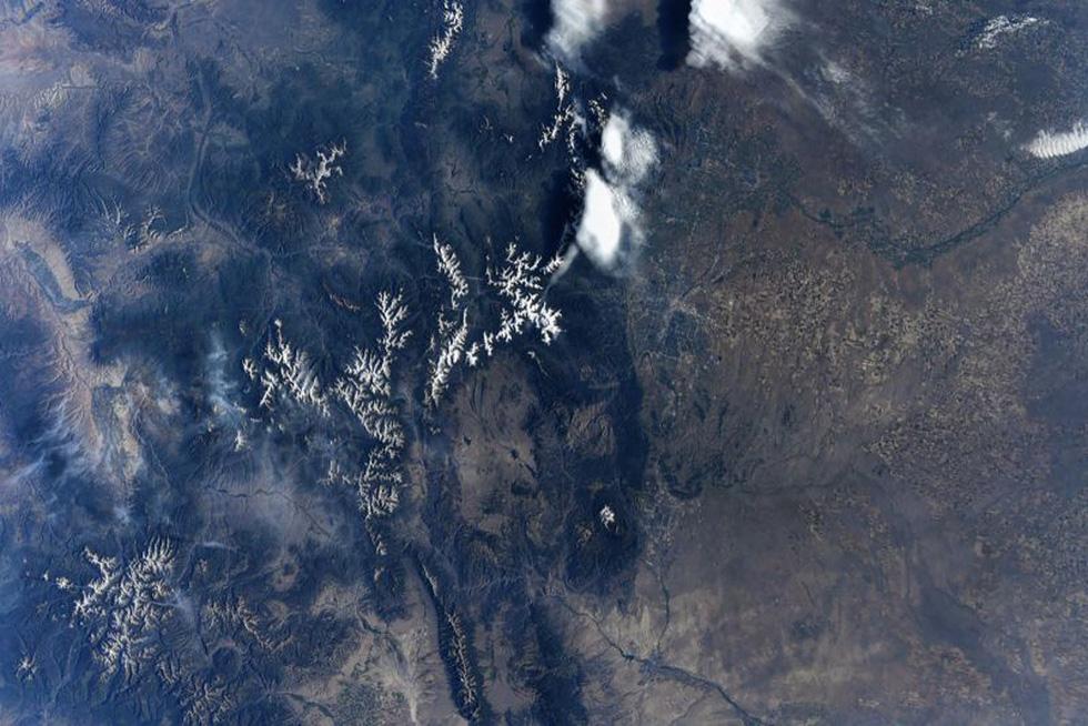 Trái đất tuyệt đẹp chụp từ tàu Crew Dragon trong chuyến bay lịch sử - Ảnh 11.