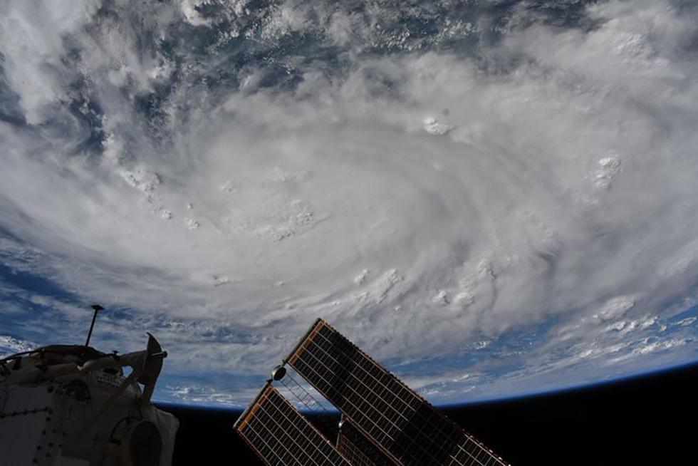 Trái đất tuyệt đẹp chụp từ tàu Crew Dragon trong chuyến bay lịch sử - Ảnh 9.