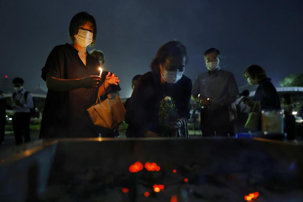 Nhật Bản tưởng niệm 75 năm vụ ném bom nguyên tử ở Hiroshima - Ảnh 6.