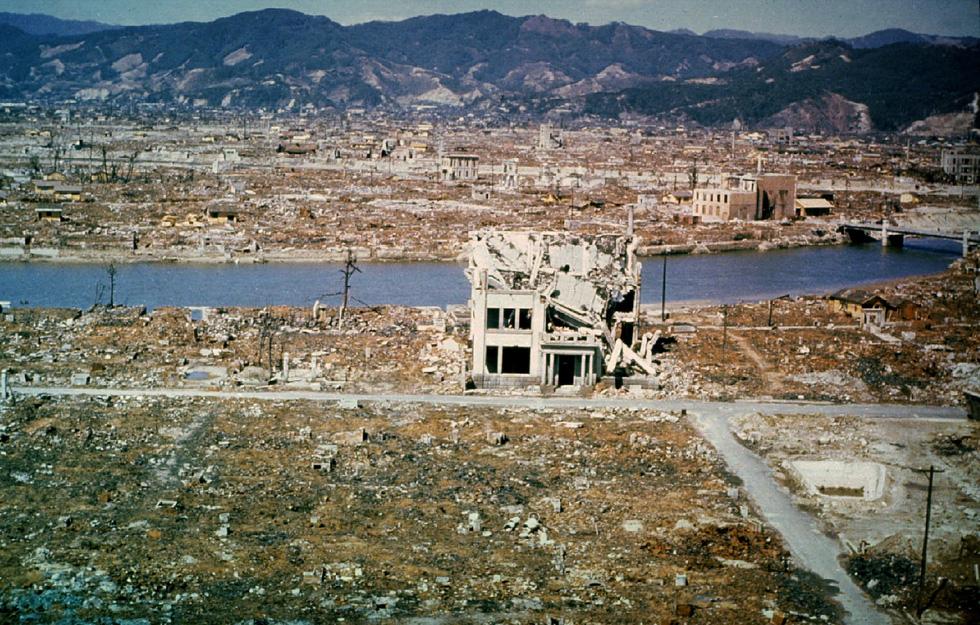 Nhật Bản tưởng niệm 75 năm vụ ném bom nguyên tử ở Hiroshima - Ảnh 12.