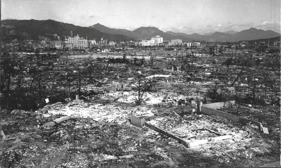 Nhật Bản tưởng niệm 75 năm vụ ném bom nguyên tử ở Hiroshima - Ảnh 11.