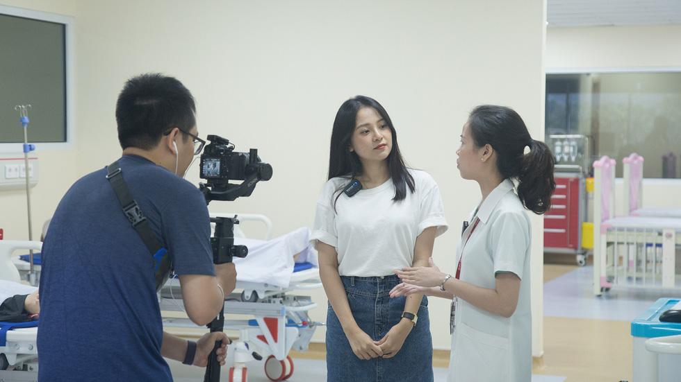 19h tối nay phát sóng Khám phá trường học tại ĐH Duy Tân - Ảnh 3.