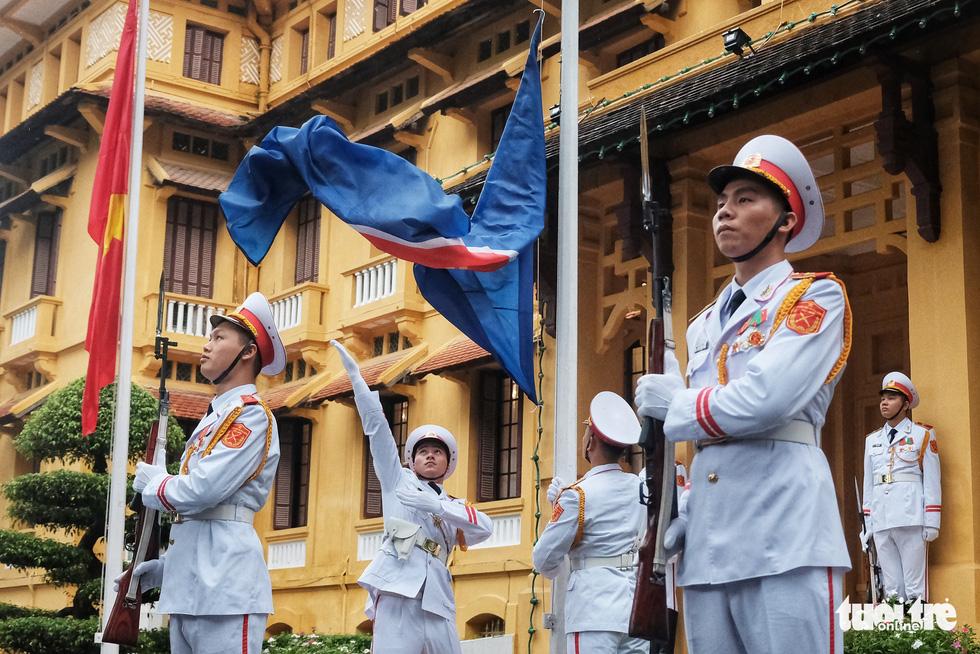 Lễ thượng cờ kỷ niệm 53 năm thành lập ASEAN - Ảnh 5.
