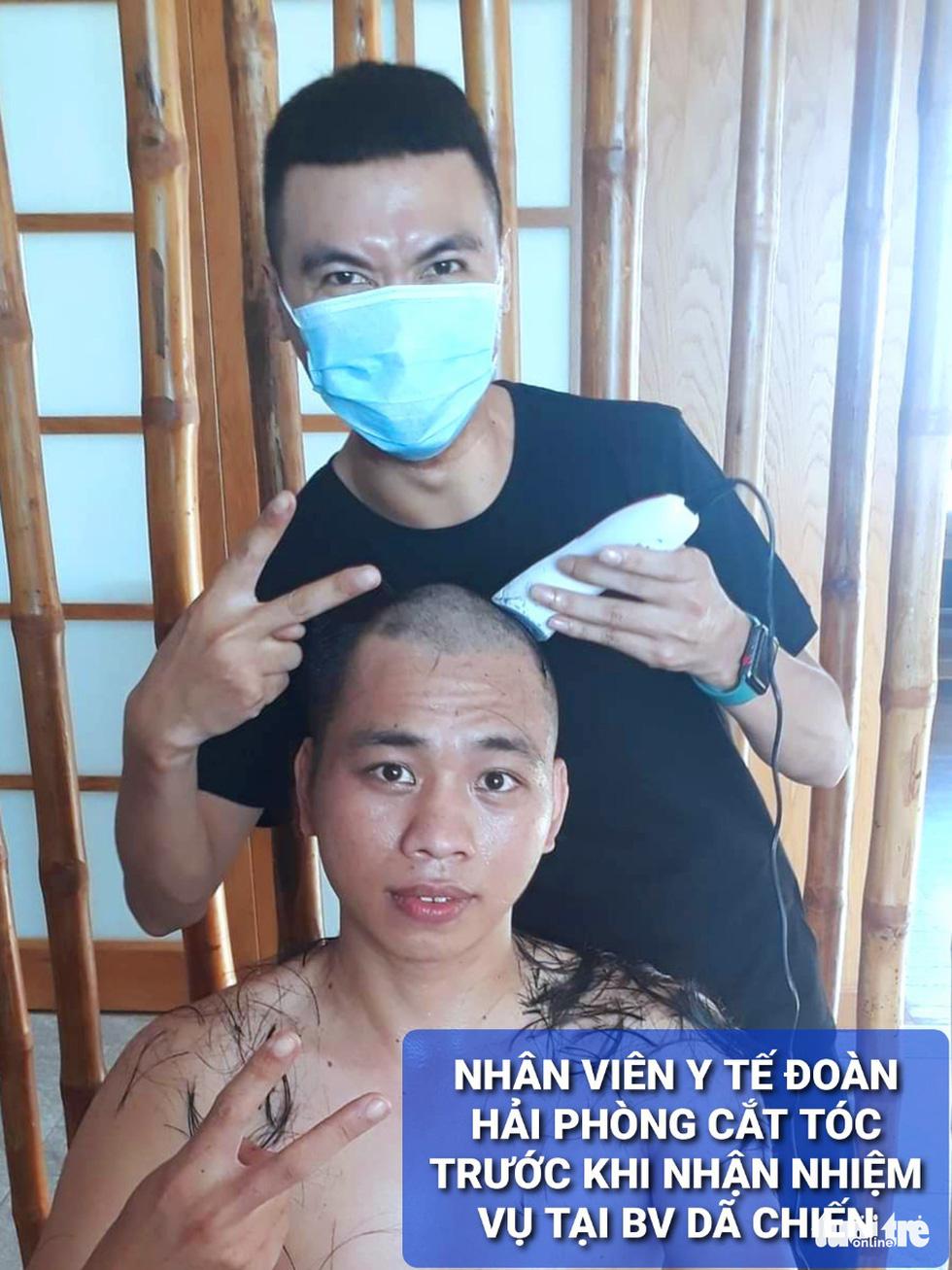 Nam y, bác sĩ TP Hải Phòng đồng loạt... cạo trọc trước khi vào tâm dịch Đà Nẵng - Ảnh 2.