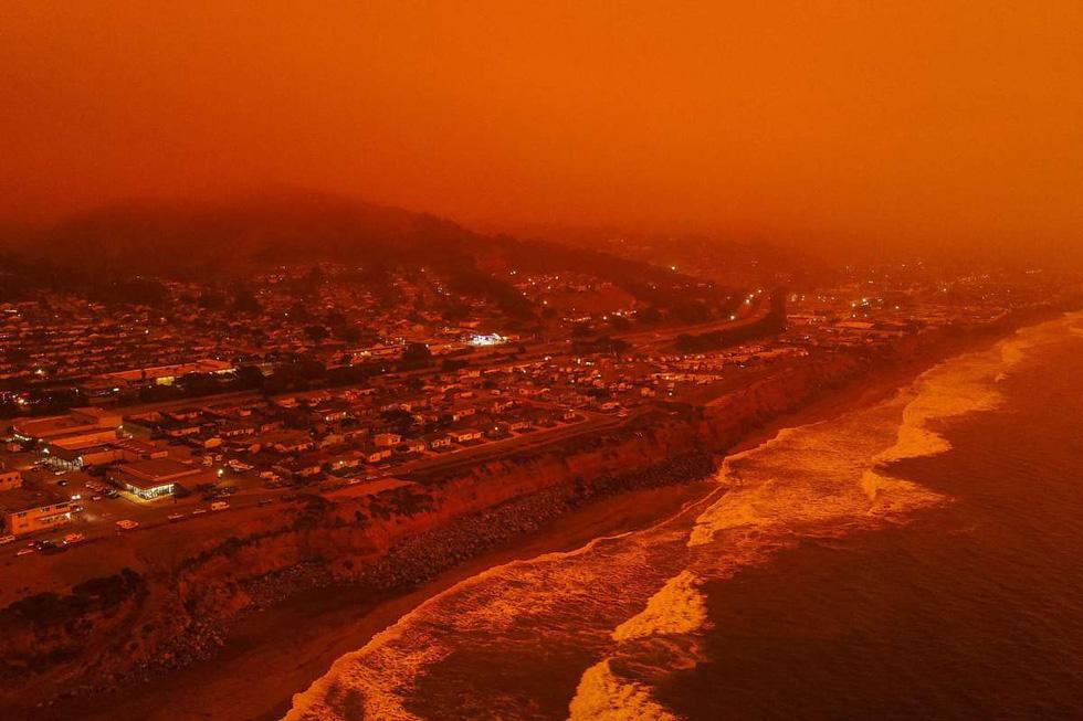 Bầu trời vùng Bay Area, California rực màu cam lửa - Ảnh 2.