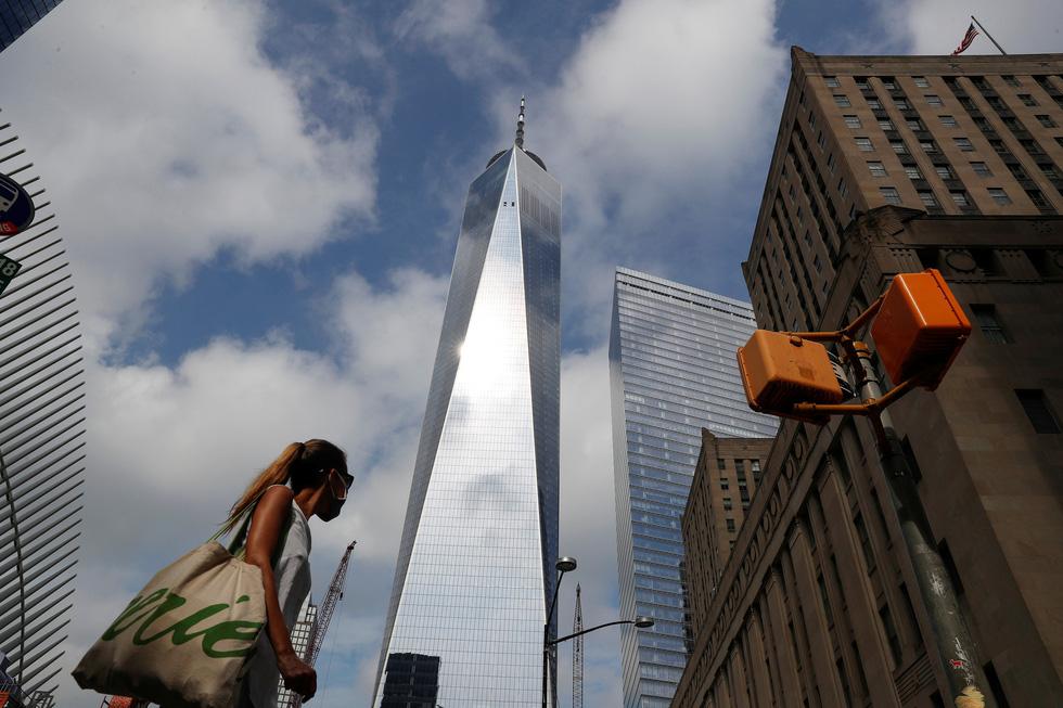 Mỹ tưởng niệm gần 3.000 nạn nhân tử vong do khủng bố ngày 11-9 - Ảnh 6.