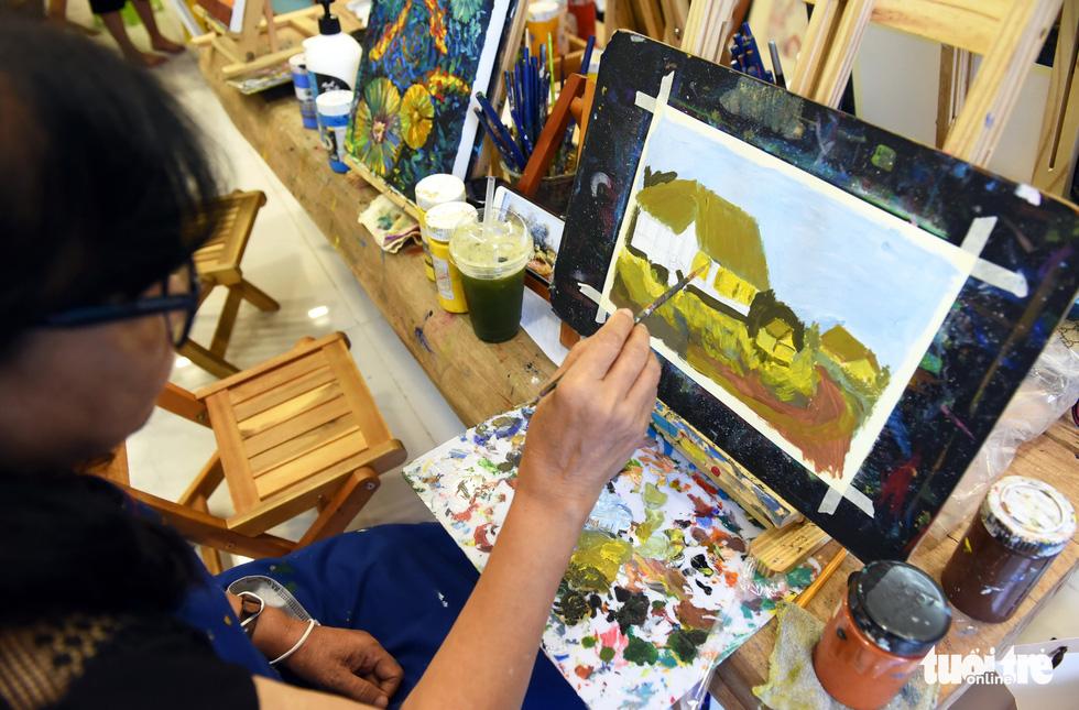 Chàng họa sĩ với 7 lớp dạy vẽ miễn phí - Ảnh 8.