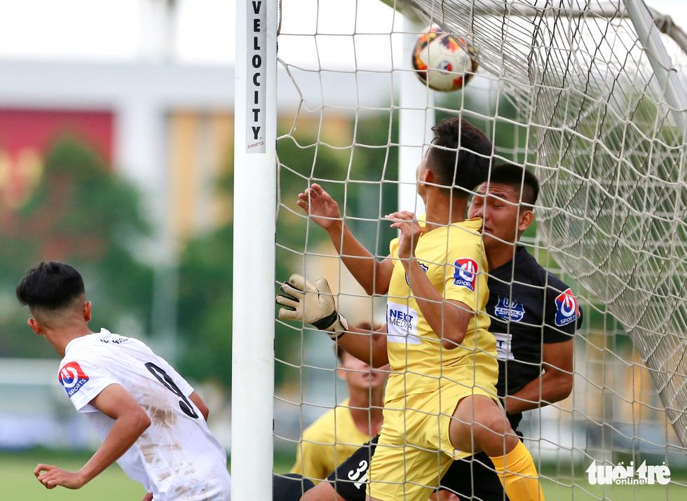 Đàn em Xuân Trường đá phạt góc ghi bàn ở ngày khai màn VCK U17 quốc gia 2020 - Ảnh 3.