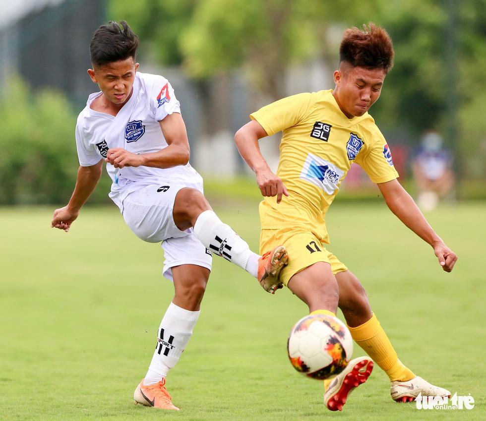 Đàn em Xuân Trường đá phạt góc ghi bàn ở ngày khai màn VCK U17 quốc gia 2020 - Ảnh 1.
